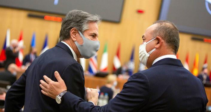 Çavuşoğlu ile ABD Dışişleri Bakanı Blinken, Brüksel'de bir araya geldi
