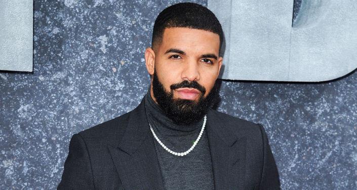 Drake müzik tarihine geçti: Billboard 100 listesinde üç şarkısı birden ilk üçe çıkan ilk sanatçı