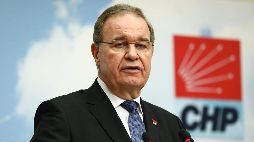 CHP'liler Ankara'da endişe yaratan temel kazısını inceledi