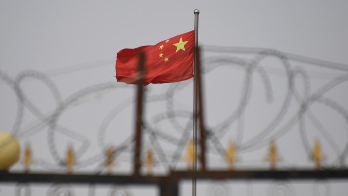 ABD'den Çin'le Ticarete Şincan Yasağı