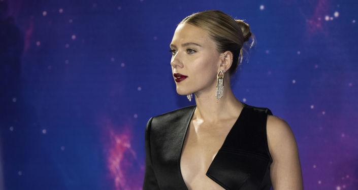 Scarlett Johansson, filmi hem sinemalarda hem kendi kanalında yayımlayan Disney'e dava açarak Kara Dul'a veda etti