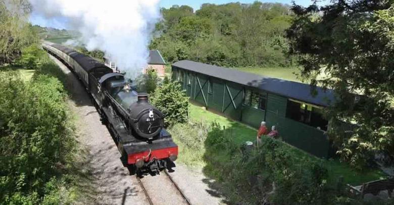 Photo of قطار الحرب العالمية الأولى يظهر في إنجلترا تحت مسمى السياحة مبتكرة