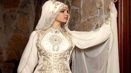 خلطات طبيعية ونصائح للعناية بجسم العروس قبل الزفاف