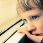 اسباب مرض التوحد واعراض مرض التوحد بالتفصيل