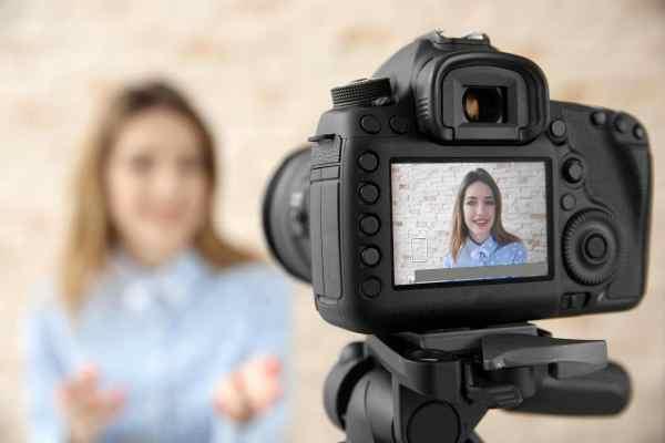 استراتيجية لقطة الكاميرا وكيف يقوم المعلم بتطبيقها