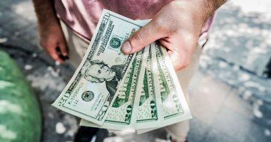 تفسير حلم شخص اعطاني نقود ورقية في المنام