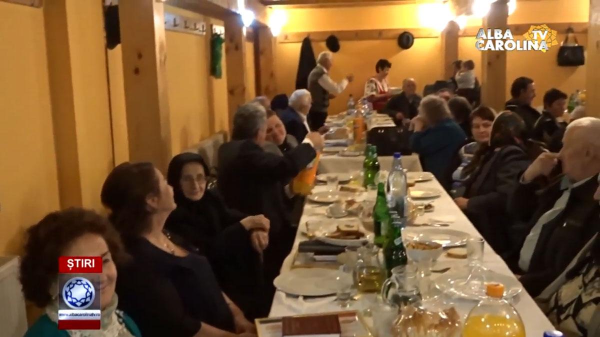 NUNTĂ DE AUR, PENTRU 52 DE FAMILII