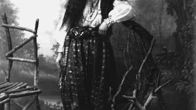 Pietro Marubi Giovane donna musulmana