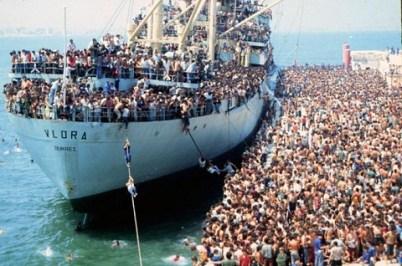 Porto di Bari - Sbarco degli Albanesi nel 1991