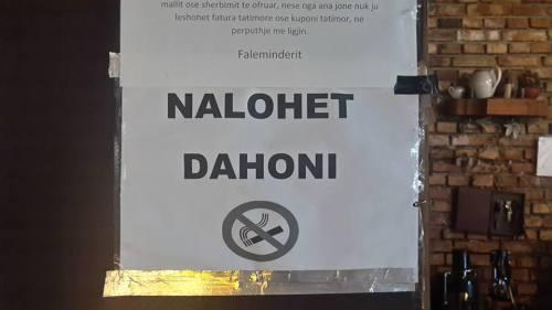 Vietato Fumare In Tiranese