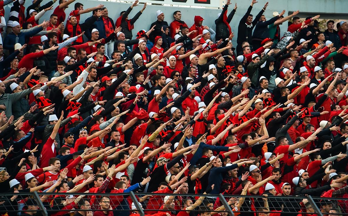 Elbasan Arena Albania Norvegia I tifosi della Nazionale di calcio dell'Albania