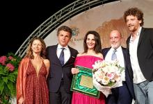 Anilda Ibrahimi durante la premiazione del Premio Rapallo Carige