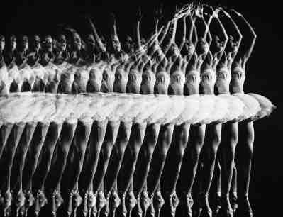 Ballerina Alicia Alonso Doing A Pas De Bourree, 1944