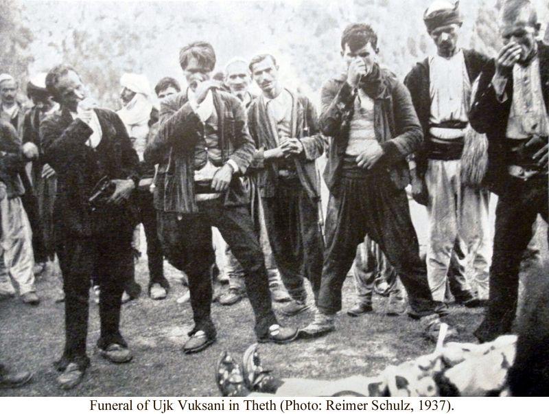 Gjama e Burrave Funerale di Ujk Vuksani a Theth (Foto di Reimer Schulz, 1937) 3
