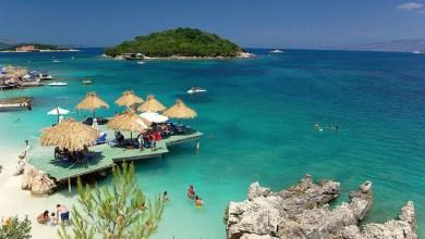Ksamil Beach Saranda Albania Turisti Stranieri