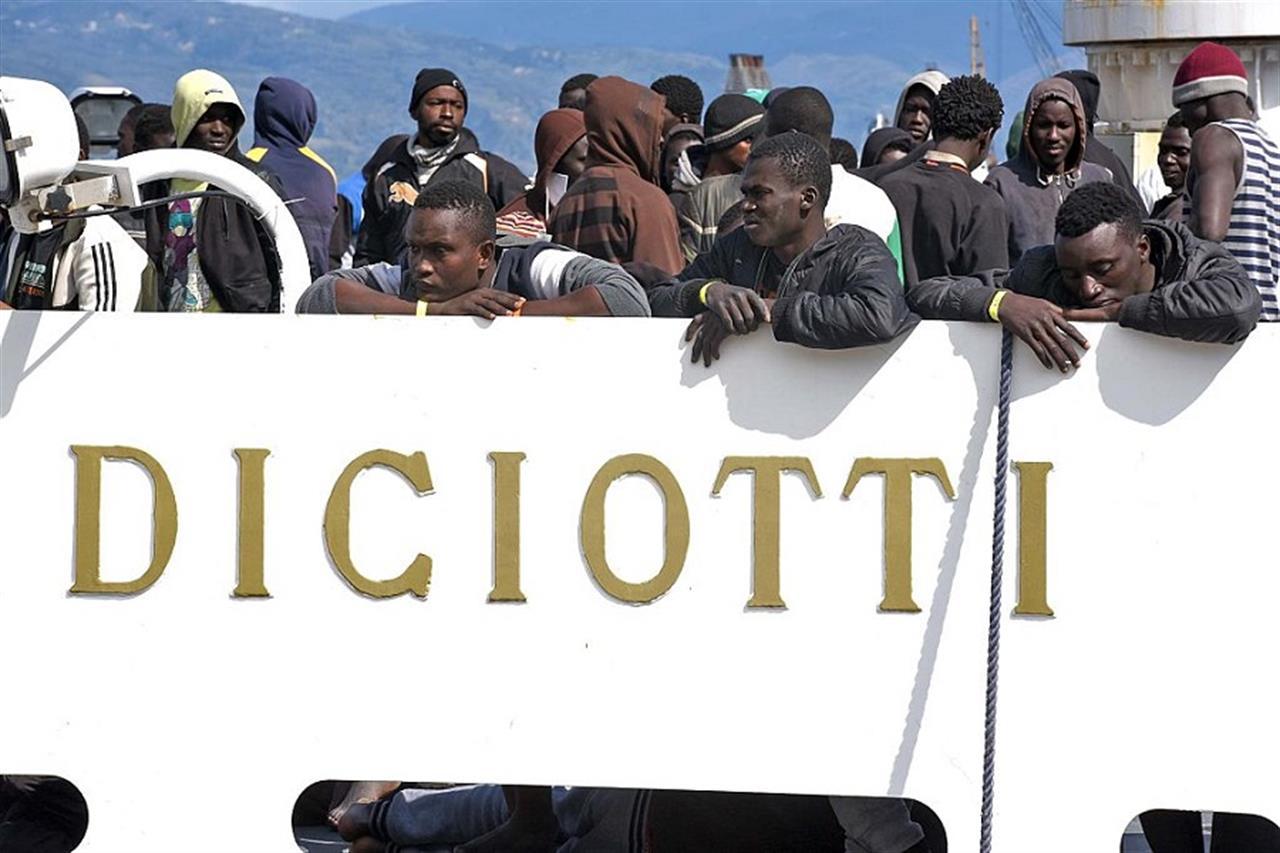 Diciotti In Albania 20 Immigrati