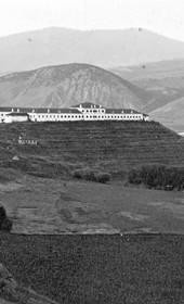 "Jäckh041: ""Military hospital and barracks near Mitrovica"" (Photo: Bank Director A. Grohmann, Saloniki, ca. 1910. Courtesy of Rare Books and Manuscript Library, Columbia University, New York, 130114-0068)."