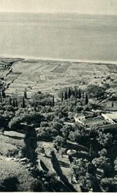 GM092: The coast of Himara and the Ionian Sea (Photo: Giuseppe Massani, 1940).