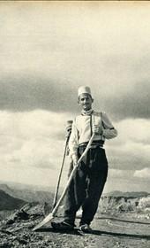 GM150: Road construction in central Albania (Photo: Giuseppe Massani, 1940).