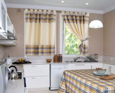Cmo elegir una cortina adecuada para la cocina  Albailes
