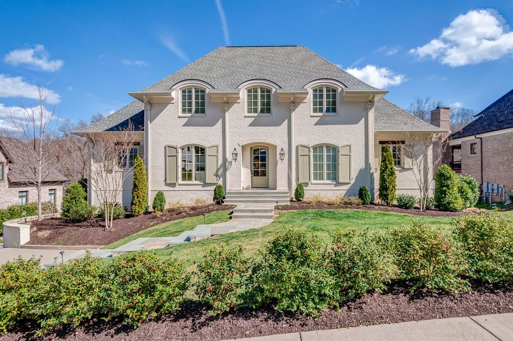 A Hays Town Inspired Country French Home in Nashville