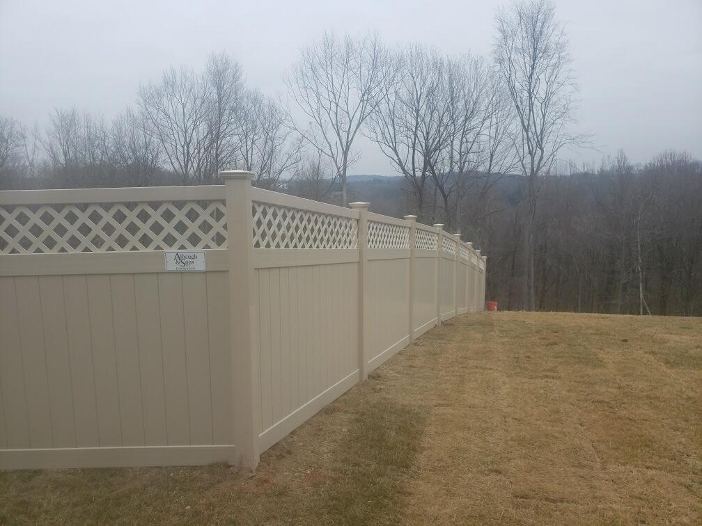 Almond wicomico fence