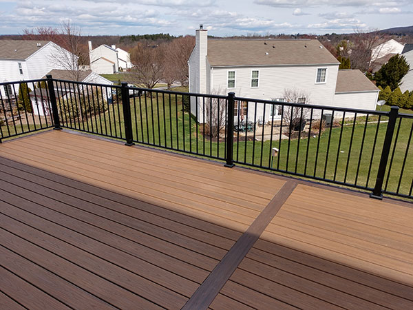 Composite and Vinyl Deck 26