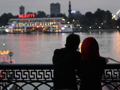 محكمة مصرية تؤيد منع حقوقيين من التصرف في أموالهم