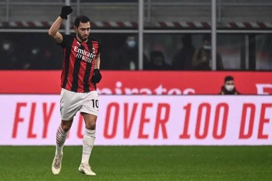 Calhanoglu's future related to Utd Addressed by AC Milan Boss Pioli