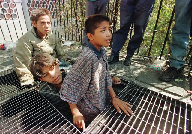 خطف الأطفال جريمة تتفاقم عبر العـالم في ظل 5 عناصر البيان