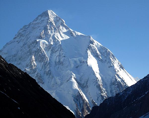 ك 2 في باكستان ثاني أعلى قمة في العالم البيان