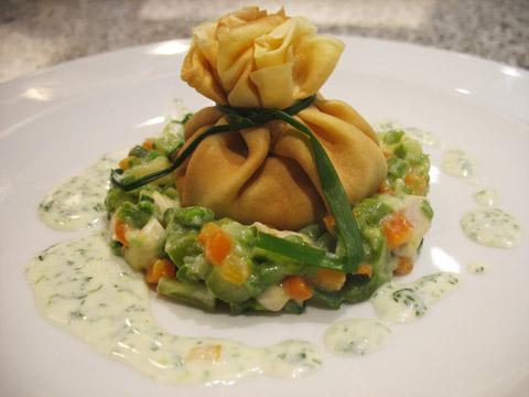 Ricetta Fagottini farciti con verdure pollo e crema al tartufo