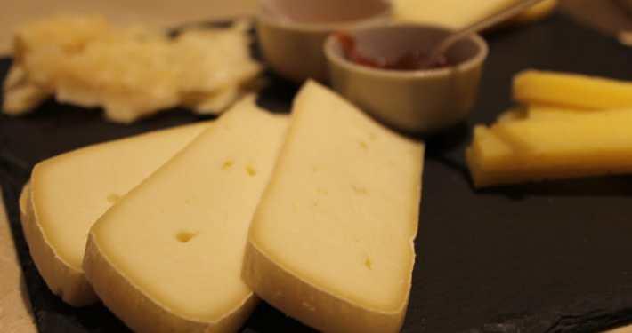 degustazione piatto formaggi
