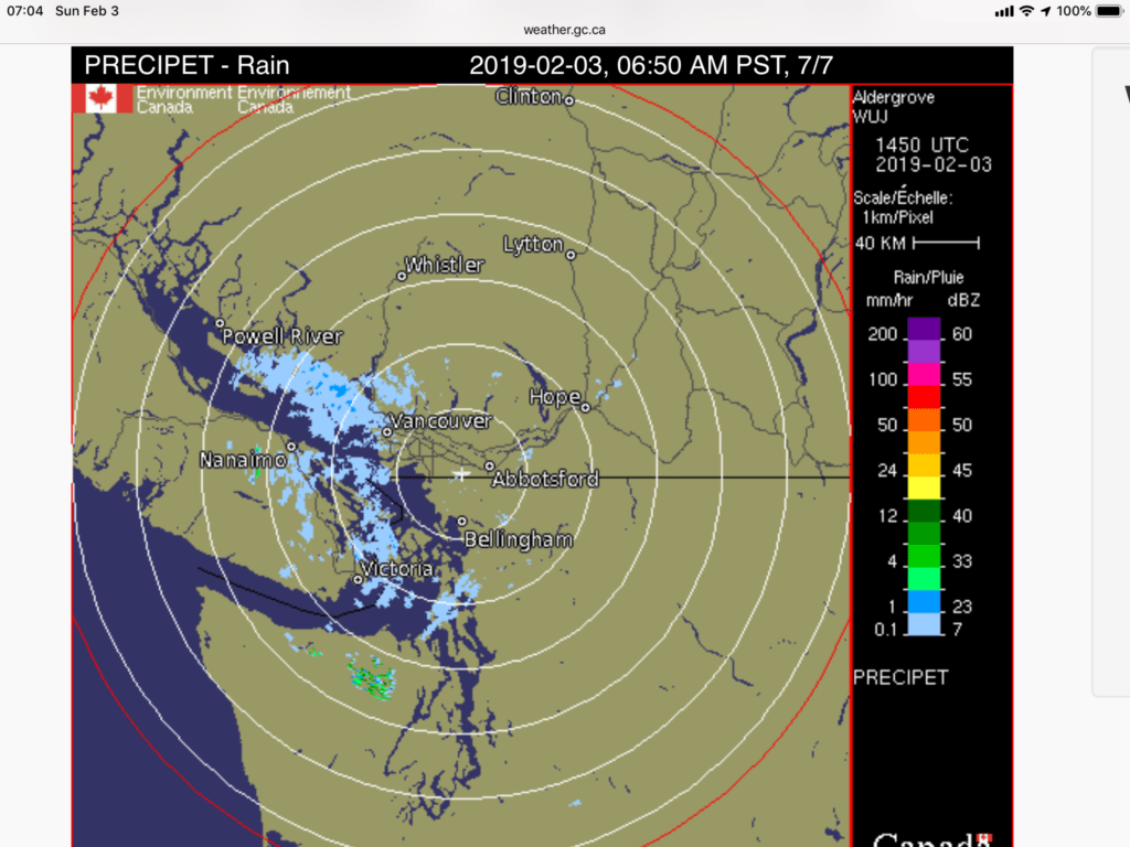 hight resolution of there is already snow building over the strait on the radar and some reaching the island just south of nanaimo and in ladysmith