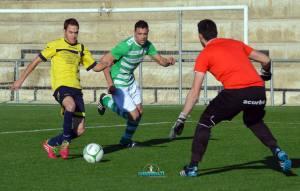 Manolo ante Pichi la temporada pasada en el Navas - Mengíbar | Manuel Zapata