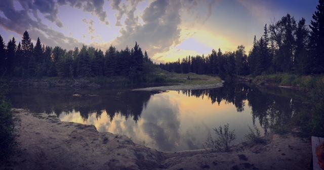 How to book a campsite in Alberta