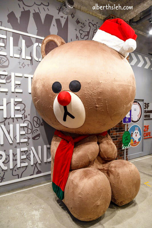 LINE Friends Cafe & store 福岡(超好逛又好拍的LINE主題商店)
