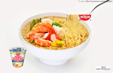 nissin-cup-noodle-seafood2a