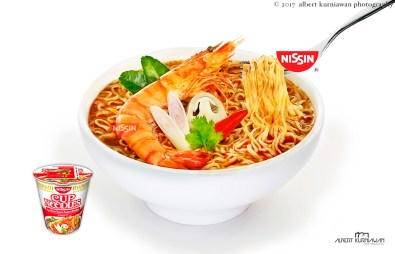 nissin-cup-noodle-tom-yum-2a