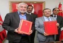 Photo of امضاء اتفاقية إطارية  في مجال الإرشاد الفلاحي بين وزارة الفلاحة واتحاد الفلاحين