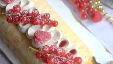 Photo de Bûche biscuits cuillère façon charlotte à la vanille