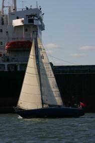 New load pathed Vectran sails