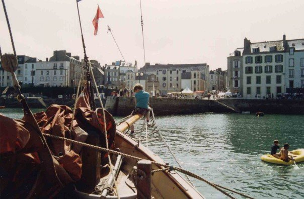 This is back when I was a boy is 1992 on my fathers Gaff Yawl Perula at the Brest festival in France
