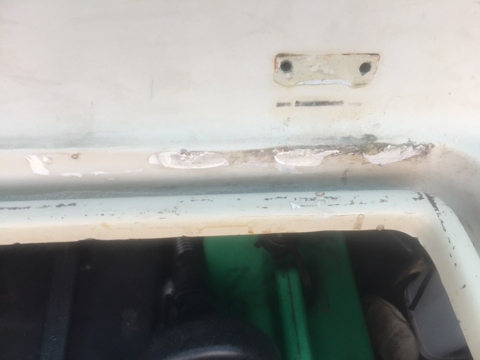 Old non matched repairs and removed fittings