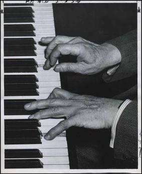 hands-rubinstein