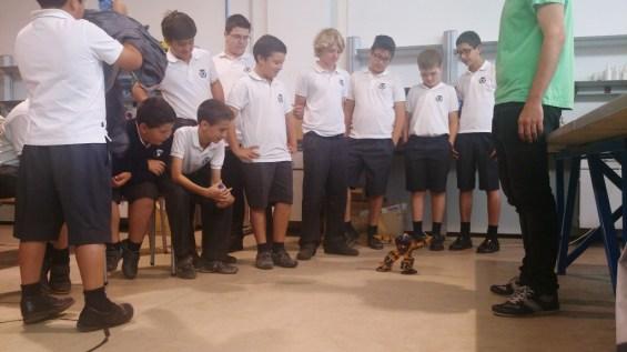 Un robot construido por alumnos de la Universidad de Almería
