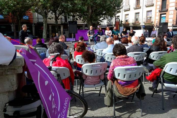 """Pleno """"ciudadano """" en la Plaza de Cervantes"""