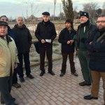 Vecinos y colectivos ecologistas visitan el Parque Camarmilla