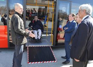 Alcalá incorpora cuatro nuevos autobuses más adaptados y ecológicos