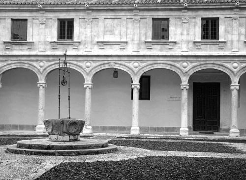 Patio Trilingüe de la Universidad Cisneriana . Foto de Pedro Enrique Andarelli